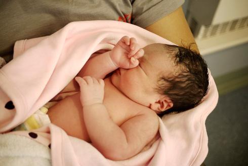 Llithyia Born