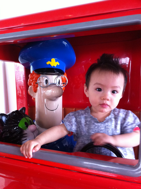 Llithyia and Postman Pat