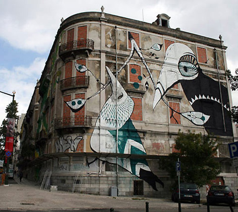 Large Scale Lisboa Street Art