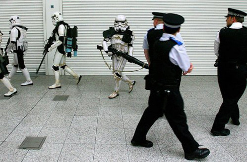 Stormtroopers vs London Cops
